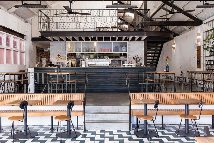 quán cafe 2 mặt tiền