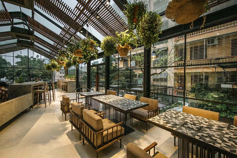 Quán cafe cây xanh hiện đại