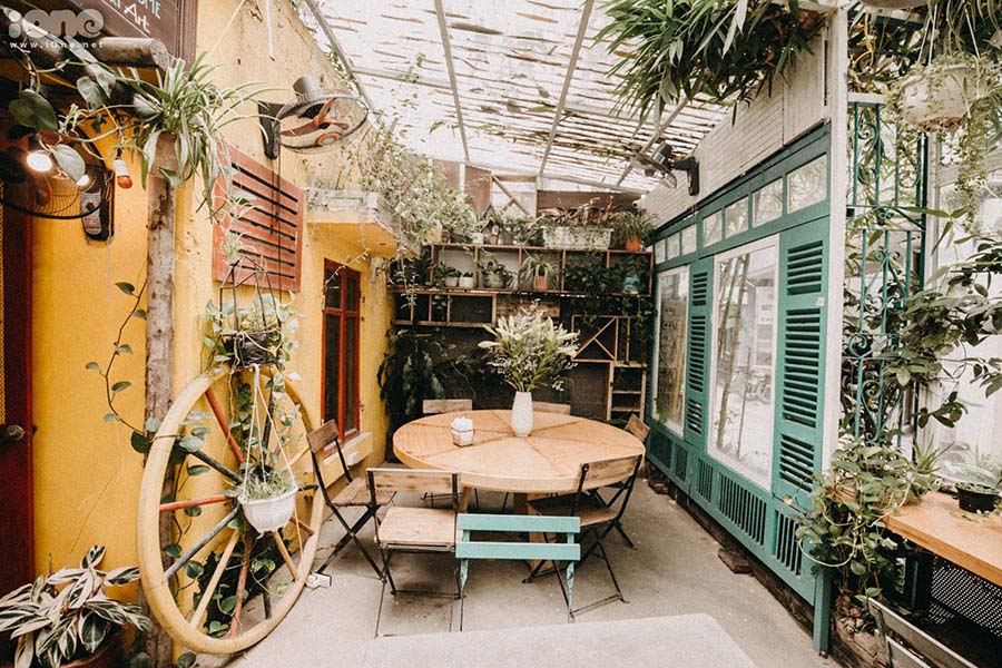 thiết kế quán cafe GỖ